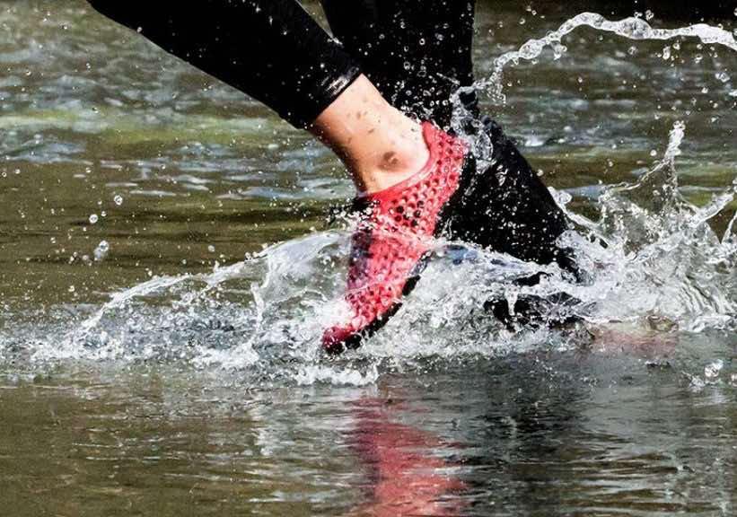 Bloom material para zapatos hecho de algas